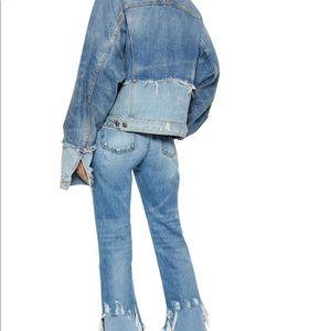 R 13. Designer jeans